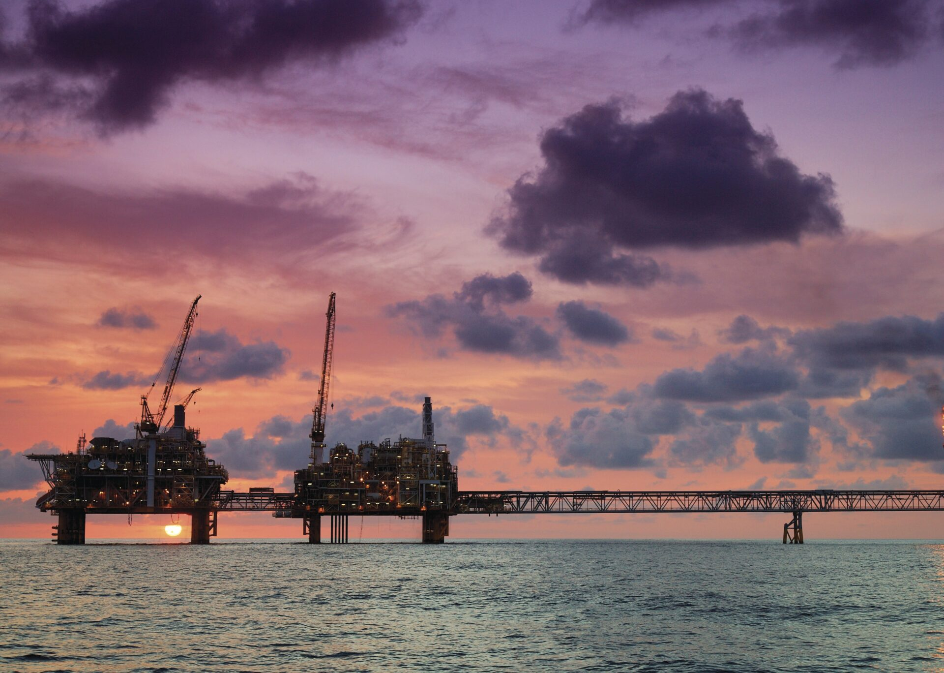 offshore energy - Platforms_at_sunset-1