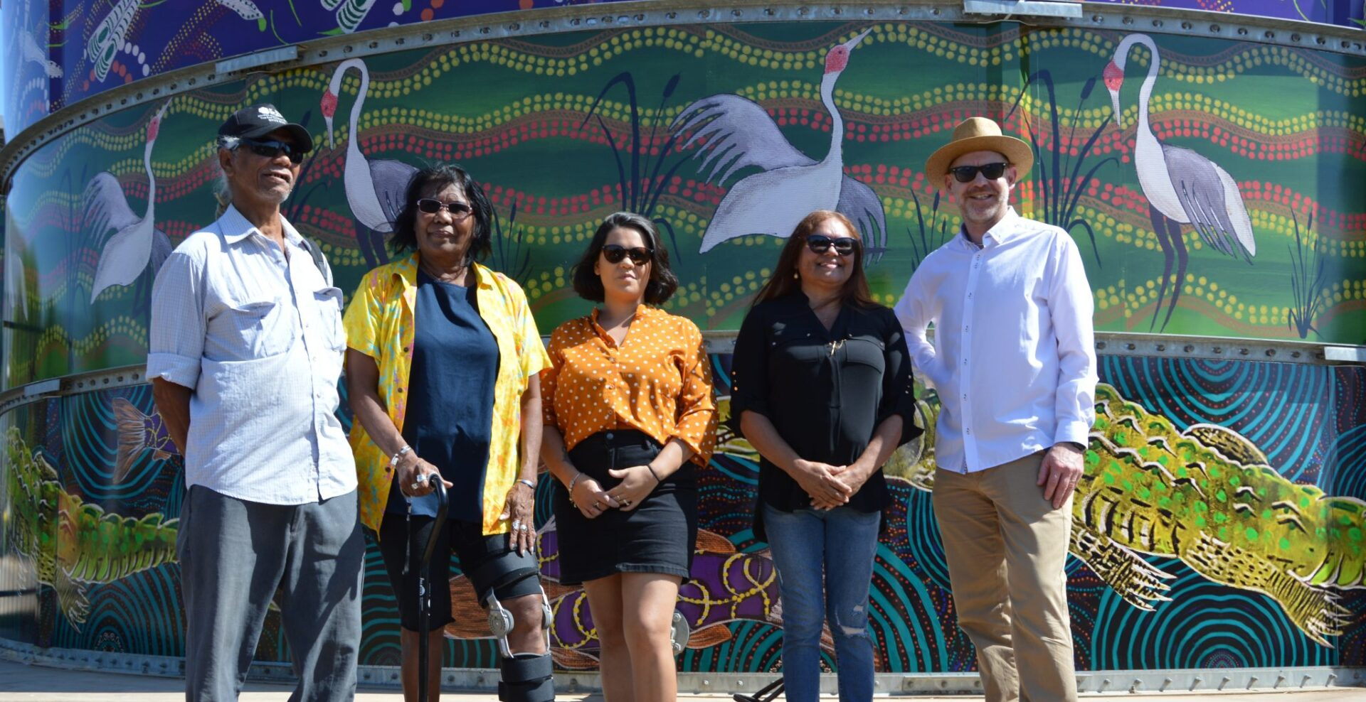 Larrakia Artists: Tibby Quall, Denise Quall, Tessna Dwyer and Norma Benger, with Rob Jager, VP Prelude Shell Australia.